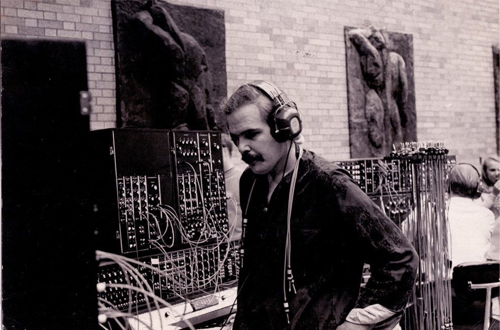 233_chris-swansen-at-moma-concert-1969-photo-eric-small-wnen-nyc_1969_600-dpi