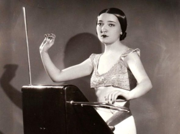 Bob Moog Interview with Clara Rockmore